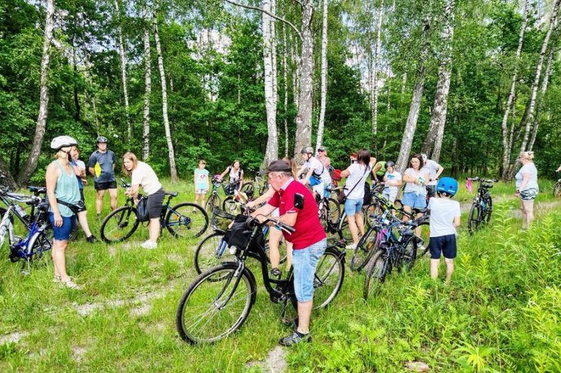Relacja z wycieczki rowerowej do Rozłóg i Bud Zosinych