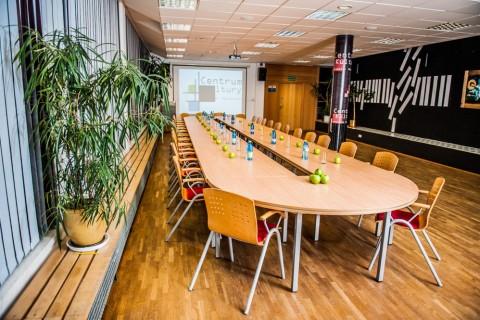 sala-konferencyjna-centrum-kultury-wynajem-meeting-spotkanie-prezentacje-zajęcia-grodzisk-mazowiecki